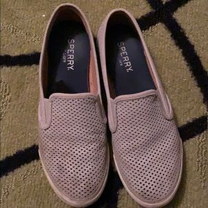 Grey rubber Sperry slide ons
